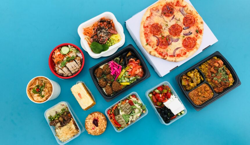 Feeding a Crowd? Try These 3 Premade Meals